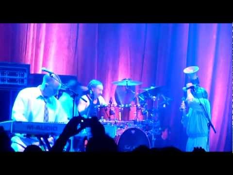 Faith No More - Last Cup Of Sorrow  (Multicam Version)