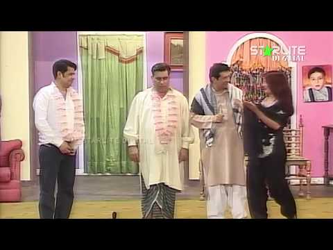 Naseem Vicky, Sardar Kamal and Nasir Chinyoti New Pakistani Stage Drama Full Comedy Funny Clip