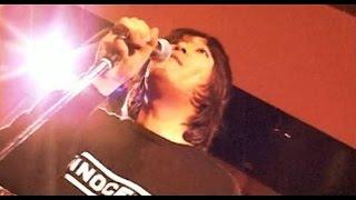 2005年8月29日発売のカバー・アルバム「BIFF BANG POW」に収録。 原曲は...