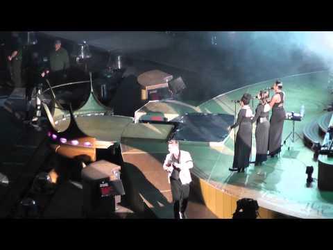 Robbie Williams - Gospel + Be a boy @ Amsterdam Arena 13 juli 2013