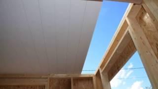 Toit préfabriqué Sapisol pour la construction de maisons en bois
