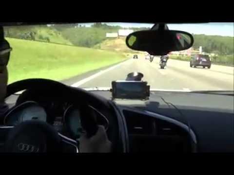 AUDI R8 R TRONIC  600Hp vs SUZUKI GSXR 1000cc SRAD