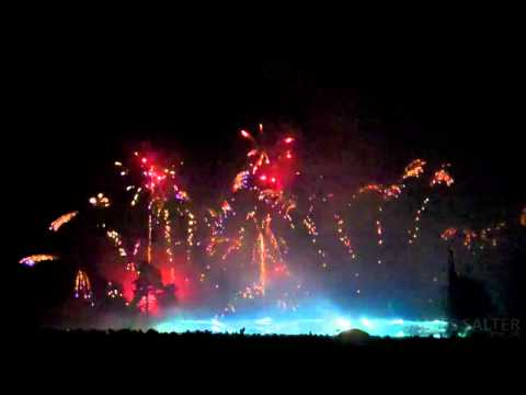 Black Eyed Peas - I've Got a Feeling (Alton Towers Ultimate Fireworks 2010)