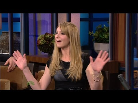 Anna Torv on The Tonight  With Jay Leno 15.11.2010