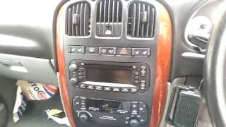 Chrysler Dodge Grand Voyager Caravan 2004 (2001-2007) Radio Removal