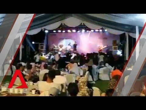 Indonesia tsunami: Wave crashes into concert by local pop band Seventeen