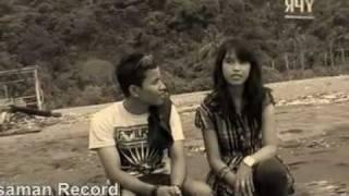 SADARI MANGALOMANG VOC. FAHMI GORA PRODUKSI YUNI PASAMAN RECORD