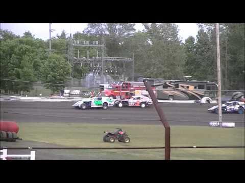 Norman County Raceway 5/24/12 Dan Ebert Midwest Mod Heat Race