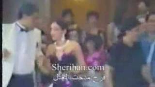 شاهد.. شيريهان ترقص في فيديو قديم بحفل زفاف مدحت العدل