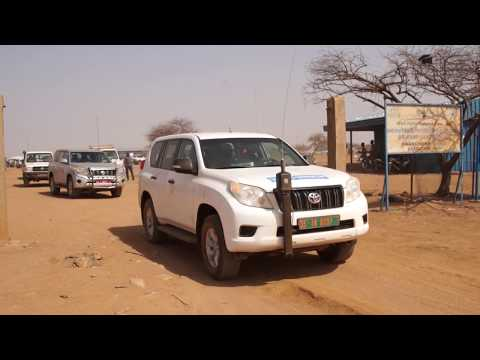 UNHCR – Japanese Ambassador to Burkina Faso visits the Malian Refugee Camp (February 2017)