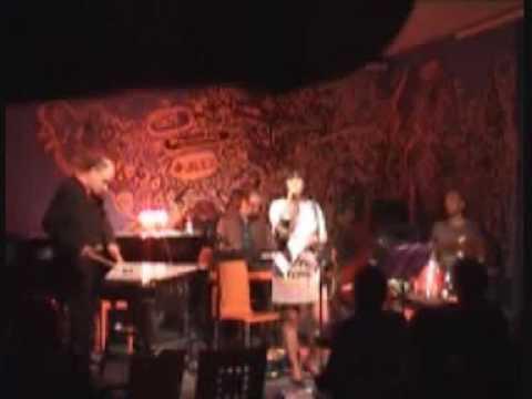 THE VIBE CREATORS MEDLEY/ MERCEDES JAZZ CAFÉ