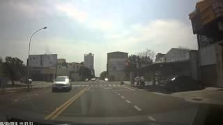 105年3月6日 台南市永華路二段與平豐路口車禍