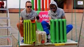 Уличные музыкаты и  необычные музыкальные инструменты