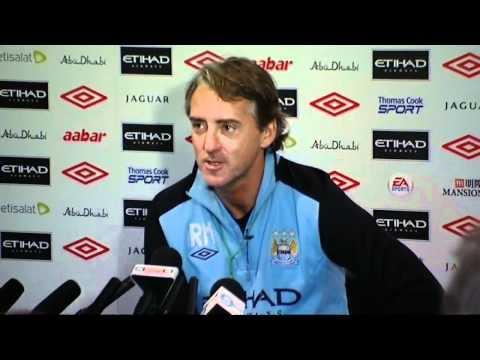 Roberto Mancini boos press officer