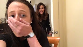 Selena Gomez Surprises Aussie Fan In Her BEDROOM! thumbnail