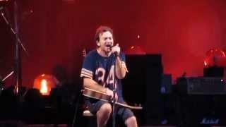 Pearl Jam - Sleeping By Myself   Berlin 2014