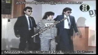 DiFilm - Detienen a Abimael Guzman Terrorista de Sendero Luminoso (1992)