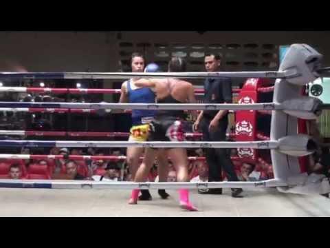 Lucy Davis (Tiger Muay Thai) vs Nongkarn @ Patong Stadium