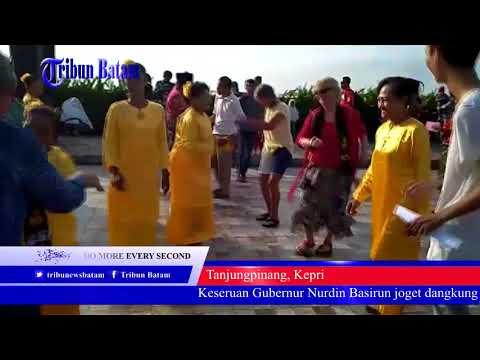Gubernur Nurdin Basirun asik goyang dangkung