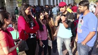 DELHI on WHATSAPP STATUS UPDATE | DING DONG(HI MY NAME IS KARTIK This time i went to delhi streets to ask people about new whatsapp status update , people are happy but some are not . people loved it ..., 2017-03-03T09:30:00.000Z)