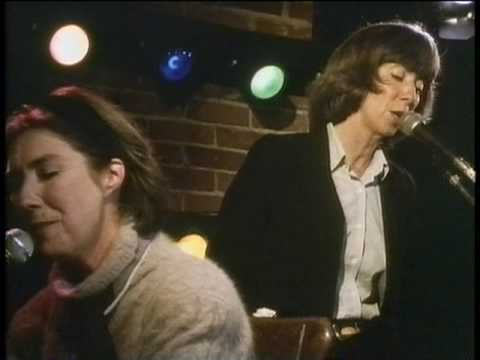 Kate and Anna McGarrigle: Heart Like a Wheel (Caffe Lena, 1990)