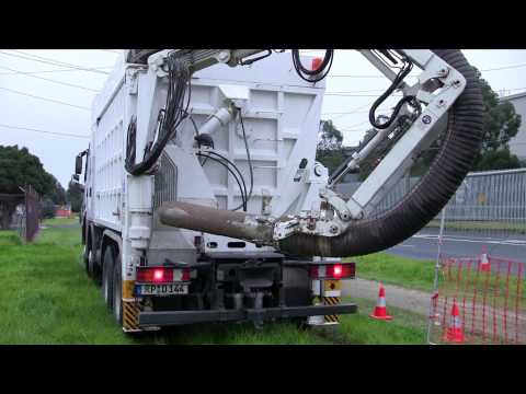 Veolia Water Network Services - Vacuum Excavation - Clip 2