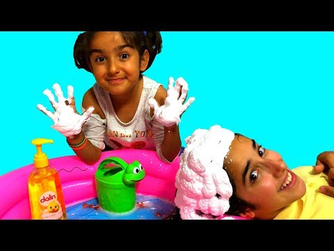 Esma and Asya Baby Doll Washing pretend play fun kid video