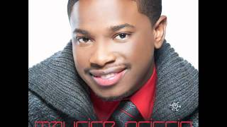 Maurice Griffin - Christ Is Born (Christmas Single)