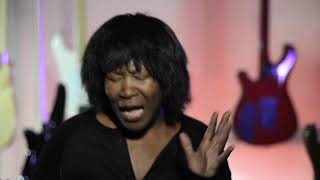 Watch Joan Armatrading Tell Me video