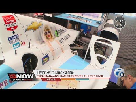 Taylor Swift on Tony Kanaan's car