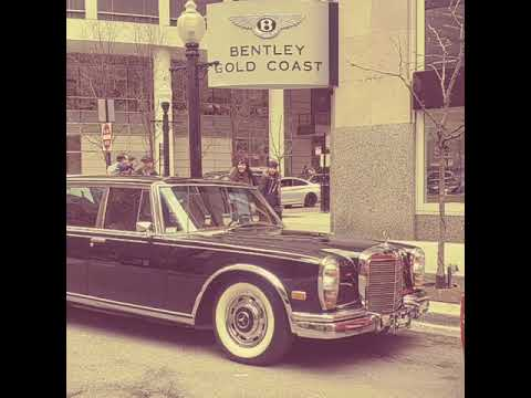 Vintage Mercedes Benz in the Gold Coast