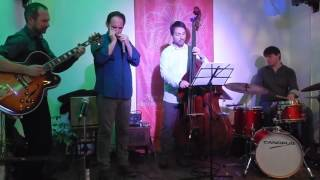 Gambar cover Tomato Kiss (Larry Schneider) Laurent Maur & Trio Minor - Háló Jazz Klub