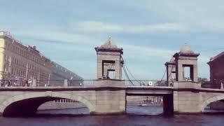 Путешествие по реке Нева / Видео