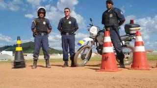 GUARDA MUNICIPAL SANTA RITA DO SAPUCAÍ-MG Treinamento Motocicleta 2012.wmv