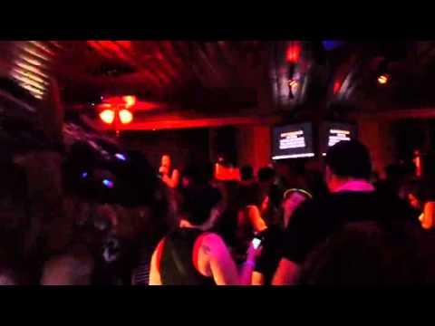 Tina karaoke
