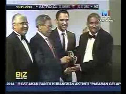 Vijay Eswaran receives CEO of the Year at Malaysia Business Awards