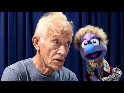 That time actor Lance Henriksen talked to a puppet at The 2016 Long Beach Comic Expo.