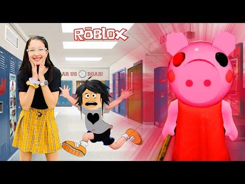 Roblox - ESCAPANDO DA PIGGY NA ESCOLA (Piggy Roblox) | Luluca Games