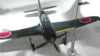 三菱みなとみらい技術館 三菱重工業製の軍用機の模型展示