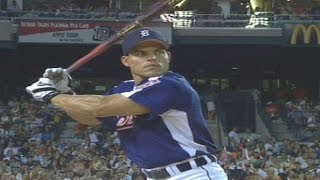 2005 HRD: Pudge belts 7 homers in first round