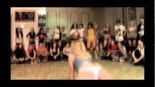 DenYo ft. Soleo  DavaiBaby
