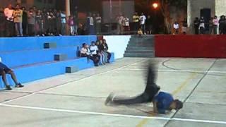 Victor Larco breakdance ( presentacion )