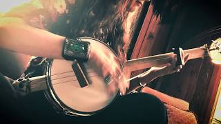 Laid-Back Sunday Afternoon Pickin' on the Snare Drum Banjo