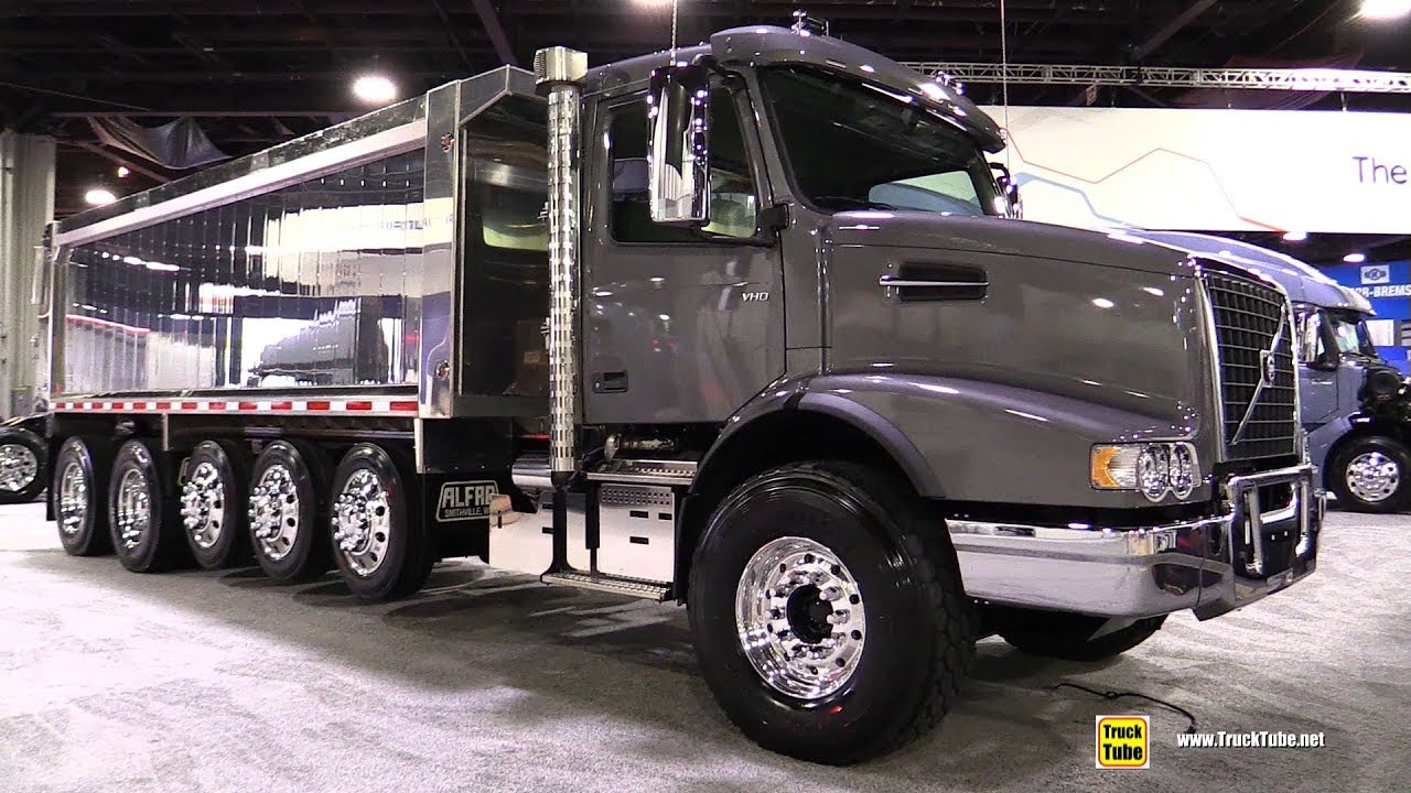 hight resolution of 2018 volvo vhd 300 day cab flat roof dump truck walkaround 2017 nacv show atlanta