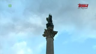 Oddanie czci Niepokalanej na Placu Hiszpańskim w Rzymie