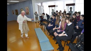 Михайловские школьники посещают уроки истории театра