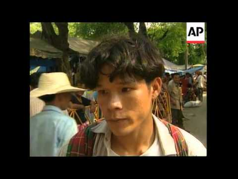THAILAND: FARMERS END 3 MONTH PROTEST AT PRIME MINISTER'S HOME