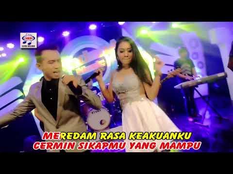 Vita Alvia feat Peter - Makin Aku Cinta (Official Music Video)
