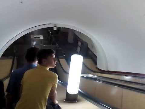 Москва 160 - Подземный переход между станциями метро Охотный ряд театральная площадь революции летом