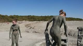 Mud Volcano Shugo. Crazy Swimming  Вулкан Шуго. Сумасшедшее купание